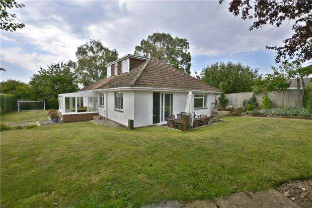4 Bedrooms Detached House for sale in Old Kennels Lane, Winchester, Hampshire