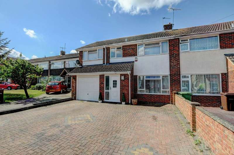 4 Bedrooms Semi Detached House for sale in Beech Road, Chinnor