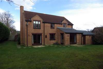 4 Bedrooms House for rent in Top Common, Bracknell, RG42