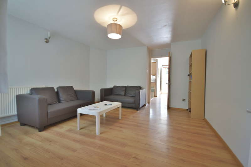 3 Bedrooms Town House for sale in Hindrey Road, London