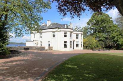 6 Bedrooms Detached House for sale in Main Road, Fairlie