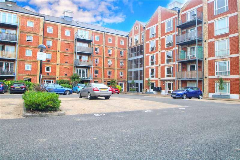 1 Bedroom Flat for sale in Free Rodwell House, School Lane, Manningtree