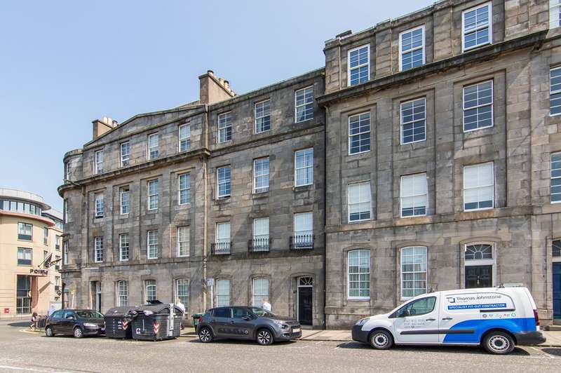 2 Bedrooms Flat for sale in Gardner's Crescent, Fountainbridge, Edinburgh, EH3