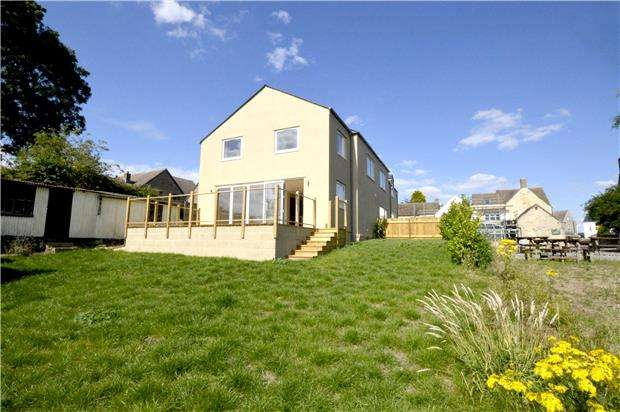 3 Bedrooms Semi Detached House for sale in Star Green, Main Road, Whiteshill, Gloucestershire, GL6 6AE