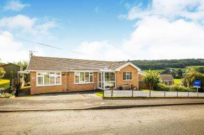 3 Bedrooms Bungalow for sale in Tan Y Bryn, Pwllglas, Denbighshire, North Wales, LL15