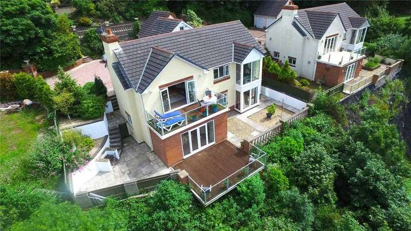 5 Bedrooms Detached House for sale in Driftaway, St. Patrick's Hill, Llanreath, Pembroke Dock