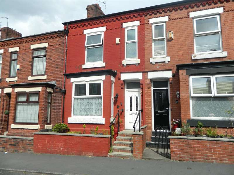 3 Bedrooms Property for sale in Old Hall Drive, Manchester