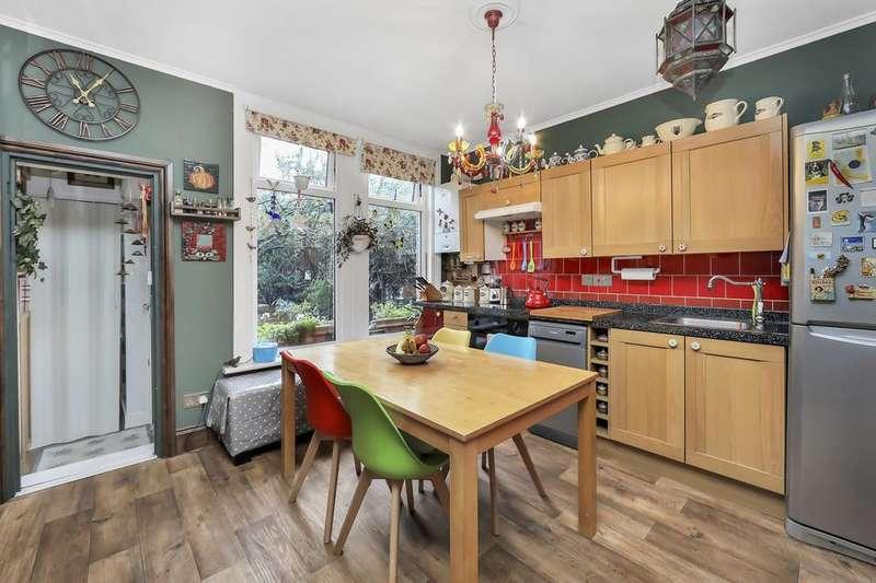 2 Bedrooms Flat for sale in Dunstans Road, London SE22