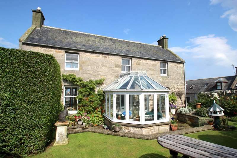 5 Bedrooms Detached House for sale in Paradise Lane, Lossiemouth, IV31
