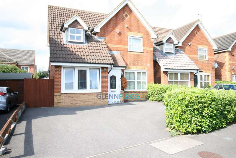 3 Bedrooms Detached House for sale in Cippenham, Slough. Block Of Viewings Saturday 24th August. By Appointment Only