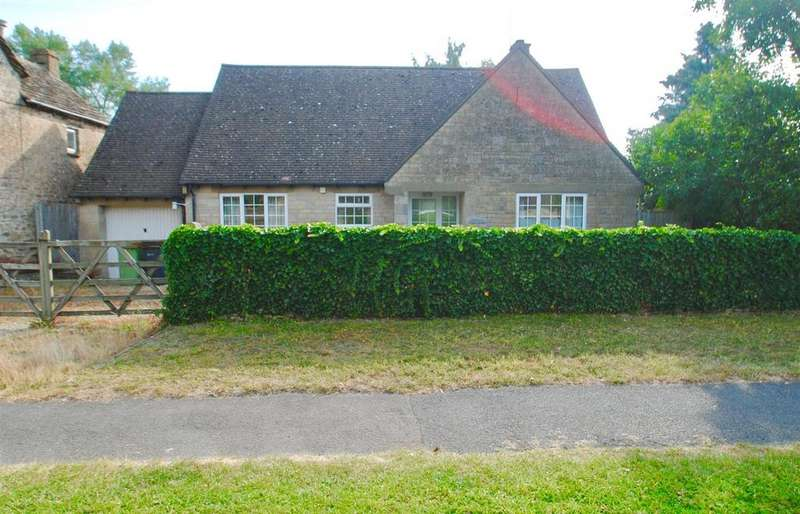 2 Bedrooms Bungalow for sale in Clarks Hay, South Cerney, Cirencester