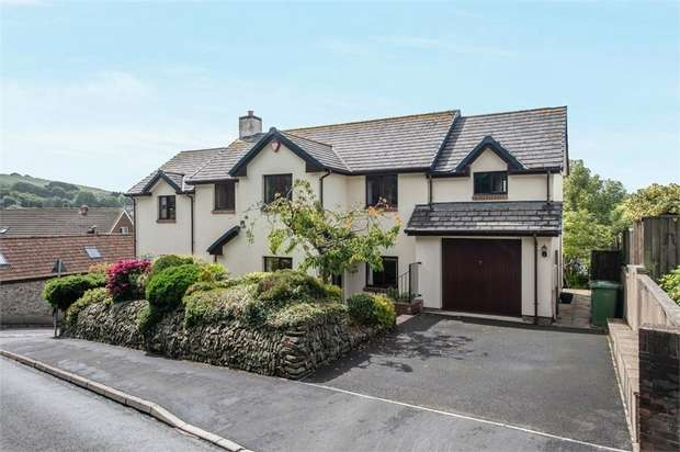 4 Bedrooms Detached House for sale in Mount Pleasant, Bishops Tawton, Barnstaple, Devon