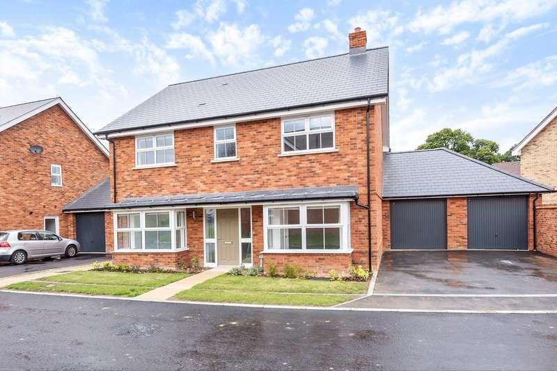 5 Bedrooms Detached House for sale in Solomon's Seal, Broadbridge Heath