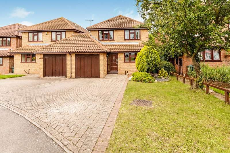 4 Bedrooms Detached House for sale in Sullivan Close, Dartford, DA1