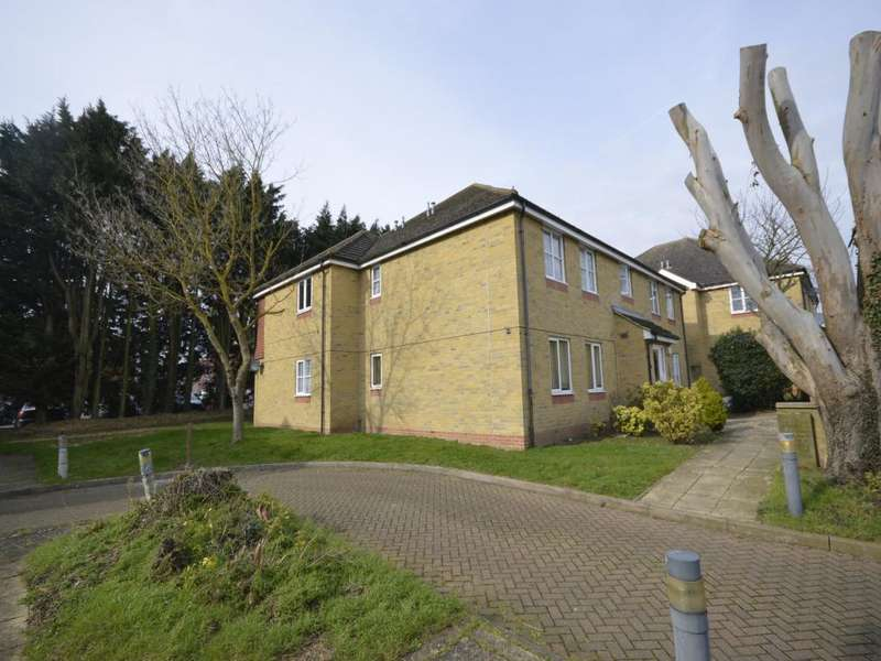 1 Bedroom Apartment Flat for sale in Nursery Gardens Butt Haw Close, Hoo, Rochester, Kent, ME3