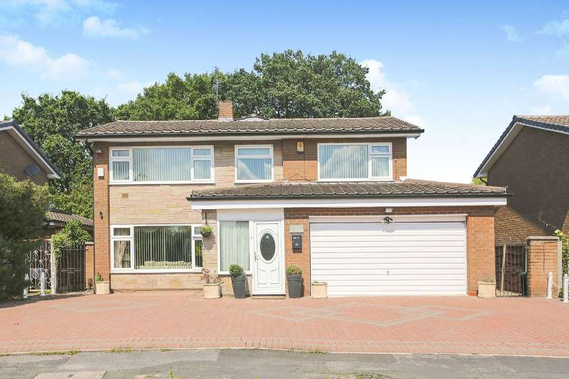 4 Bedrooms Detached House for sale in Gleneagles Road, Heald Green, Cheadle, Cheshire, SK8
