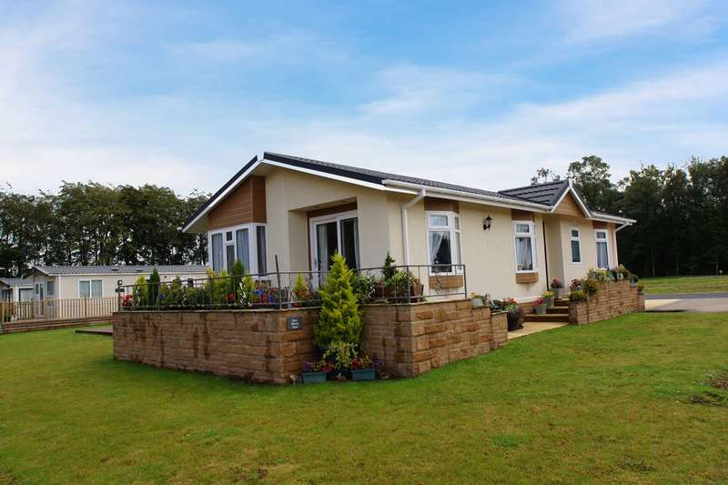 2 Bedrooms Park Home Mobile Home for sale in Longtown, Carlisle, CA6