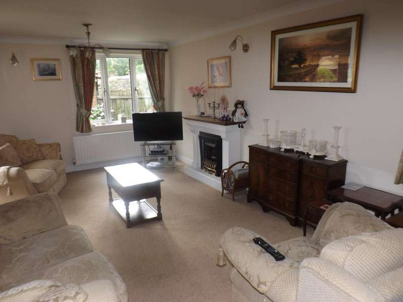 4 Bedrooms Detached House for rent in Lee Hill, Lanchester