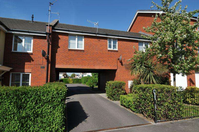 2 Bedrooms Coach House Flat for sale in Tarnock Avenue, Hengrove, Bristol, BS14