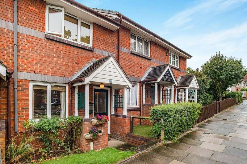 2 Bedrooms House for sale in Red Lion Lane, London, SE18