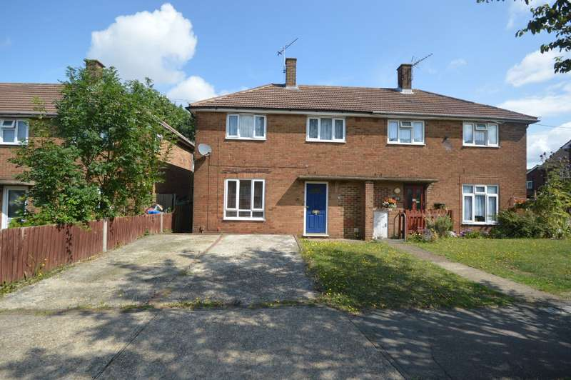 2 Bedrooms Semi Detached House for sale in Leander Road, Rochester, Kent, ME1