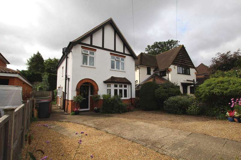 3 Bedrooms Detached House for sale in Highmoor Road, Caversham Heights, Reading