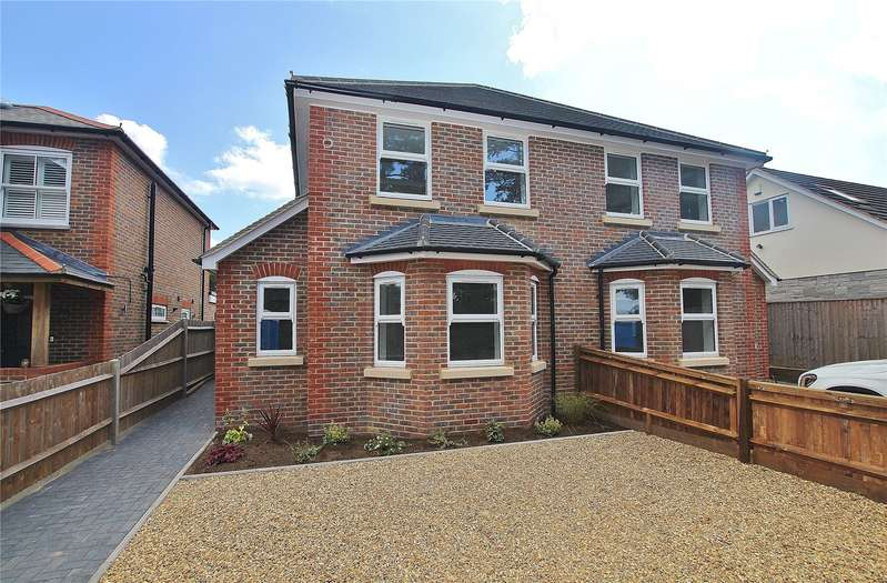 3 Bedrooms Semi Detached House for sale in Ash Green Road, Ash Green, Guildford, Surrey, GU12