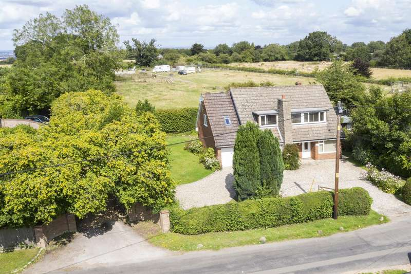 4 Bedrooms Detached House for sale in Beech Lane, Woodcote, Reading, RG8