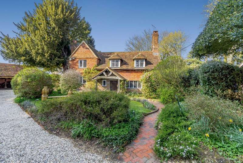 4 Bedrooms Detached House for sale in Bowlhead Green, Godalming