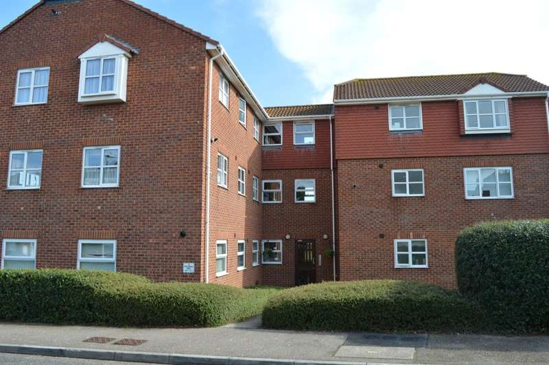 2 Bedrooms Flat for sale in Westmarsh Drive, Margate, CT9