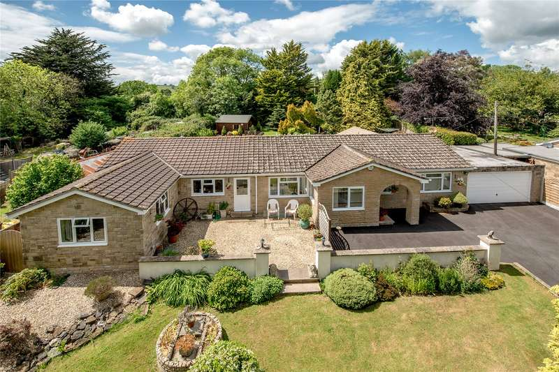 4 Bedrooms Detached Bungalow for sale in Hewish, Crewkerne, Somerset, TA18