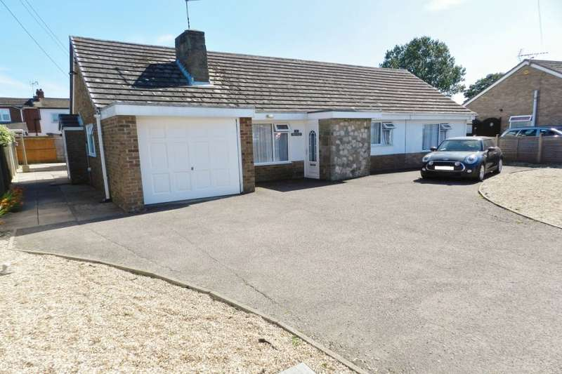 4 Bedrooms Detached Bungalow for sale in Marine Avenue, Sutton-On-Sea, Mablethorpe, LN12