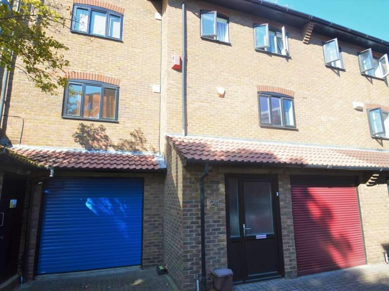 5 Bedrooms End Of Terrace House for rent in Lancaster Drive, Canary Wharf E14