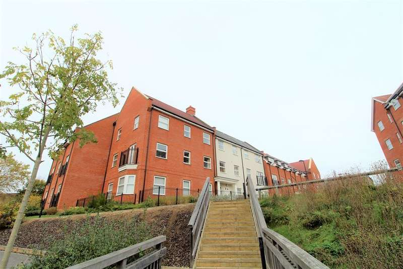 2 Bedrooms Apartment Flat for rent in Ashville Way, Wokingham, Berkshire, RG41 2AY