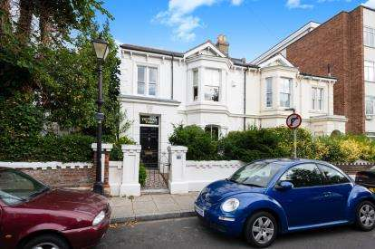 4 Bedrooms Semi Detached House for sale in Southsea, Portsmouth, Hamphire