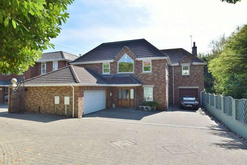 4 Bedrooms Detached House for sale in Albert Avenue, Skegness, PE25