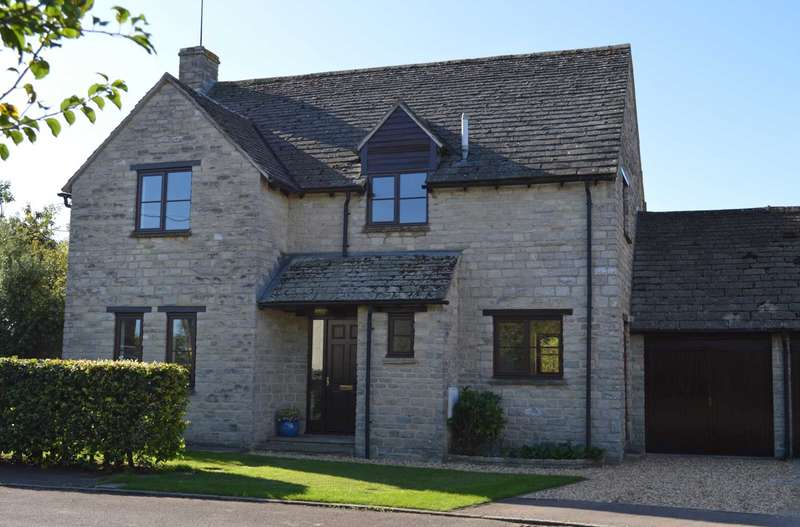 4 Bedrooms Detached House for sale in St. Peters Close, Stoke Lyne