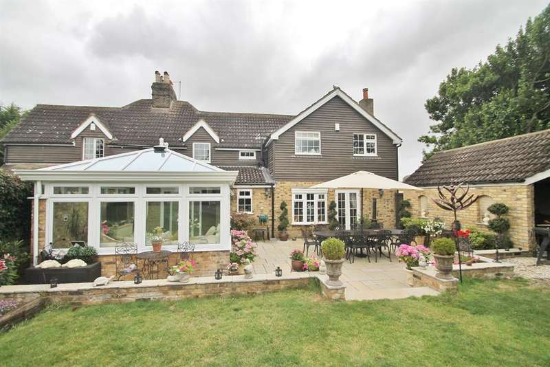 4 Bedrooms Semi Detached House for sale in Cobbs Cottage, Lower Rochester Road, Rochester, ME3