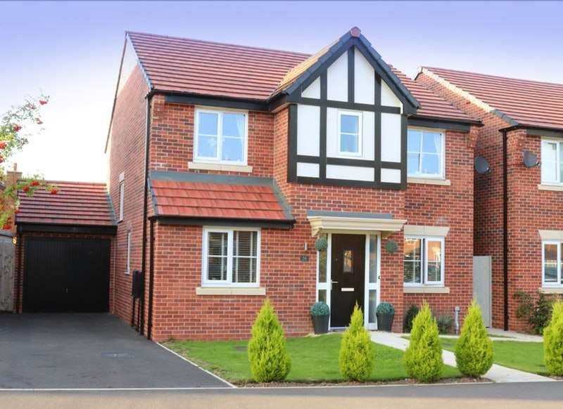 4 Bedrooms Detached House for sale in Clive Way, Middlewich, Cheshire, CW10