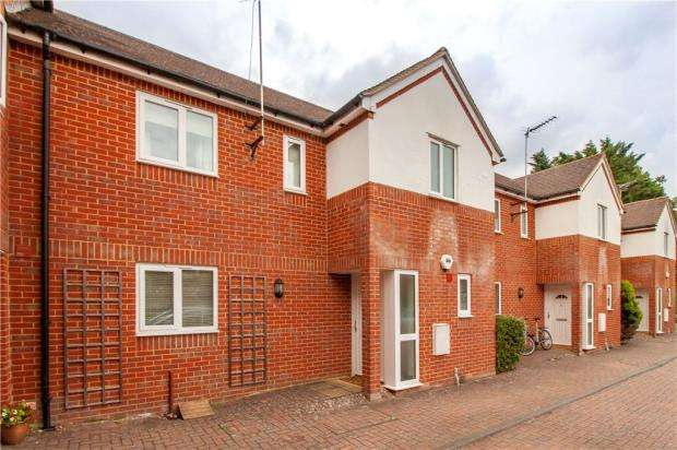 3 Bedrooms Terraced House for sale in Wingrove Road, Reading, Berkshire