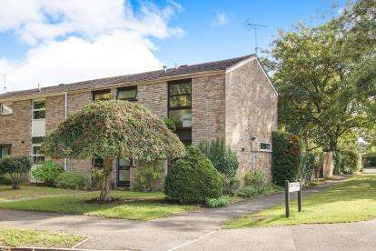 4 Bedrooms End Of Terrace House for sale in Park Road, Thornbury