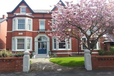 Flat for rent in Victoria Road, Lytham St Annes