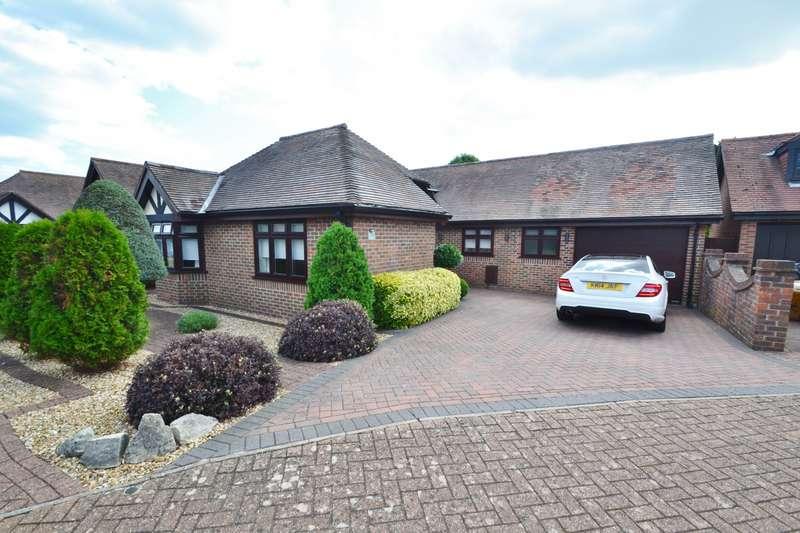 3 Bedrooms Bungalow for sale in Littledown