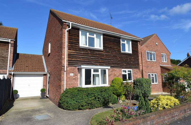 4 Bedrooms Detached House for sale in Elm Wood West, Swalecliffe, Whitstable