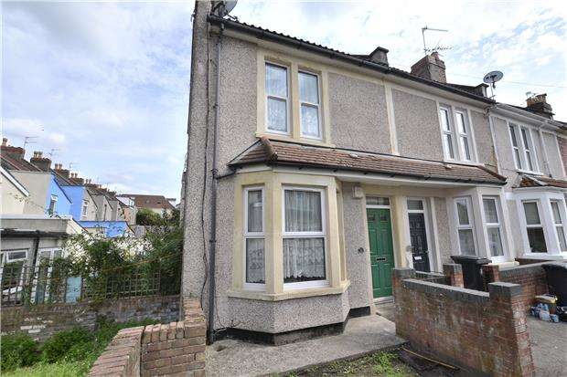 2 Bedrooms End Of Terrace House for sale in Prudham Street, Greenbank, Bristol, BS5 6ER