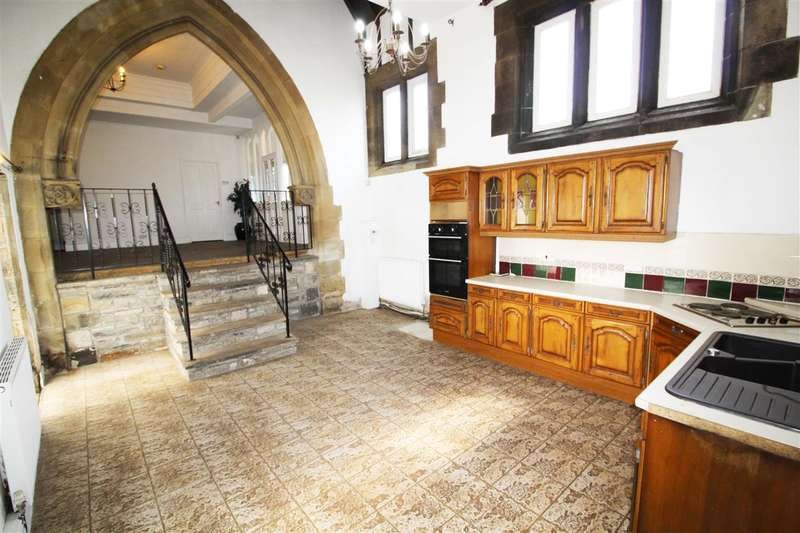 3 Bedrooms Property for sale in The Minster, Rishworth Hunting Lodge, Pike End Lane, Rishworth, Sowerby Bridge