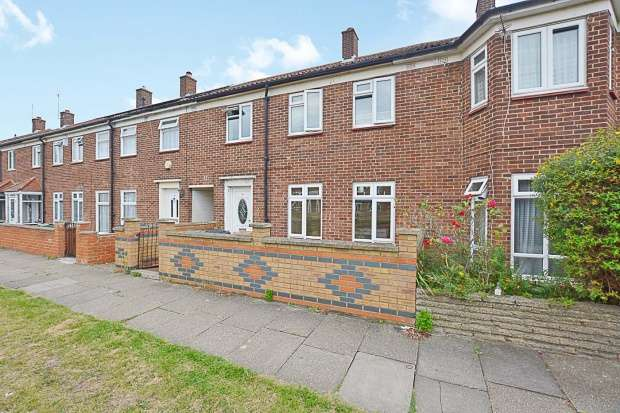 4 Bedrooms Terraced House for sale in Swansland Gardens, London, Greater London, E17 5PD