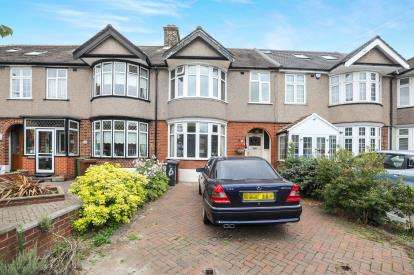 3 Bedrooms Terraced House for sale in Barking, Essex, United Kingdom
