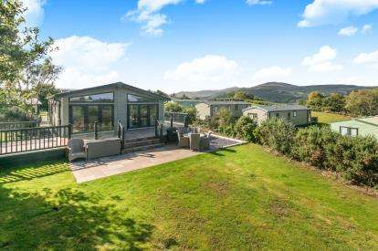 2 Bedrooms Mobile Home for sale in Plot 422, Trefriw Road, Conwy, North Wales, LL32