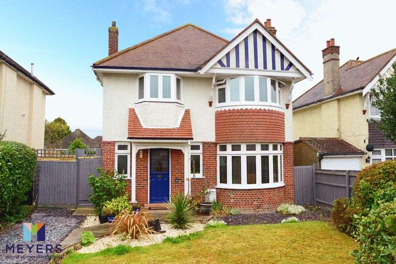 4 Bedrooms Property for sale in Meon Road, Boscombe East, Bournemouth, BH7
